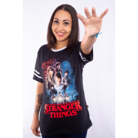 Camiseta Plus Size Strangers Things Poster
